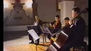 IV piezas (#2,3) Canción de cuna, Contradanza