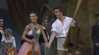 Napoli - Act 1 ballabile