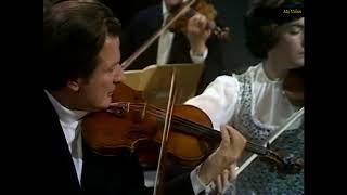 Concerto Grosso Op 6 No 11 A major