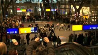 Flashmob Central Station Berlin